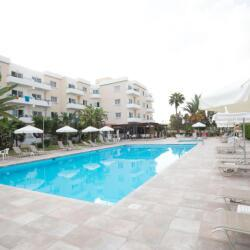 Debbie Xenia Hotel Apartments By The Pool